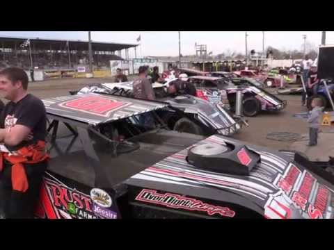 Start of 50th Season at Viking Speedway