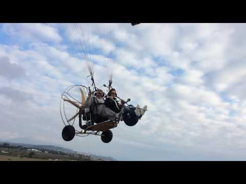 Trike-Flugshow am Strand von Sotogrande nach Gibraltar
