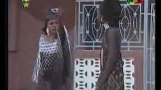 Doussou Bagayogo ft. Nahawa Doumbia --- Malaila---