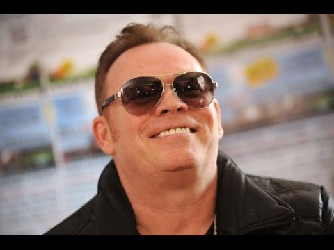 Ali Campbell Interview 2017  The Voice Of UB40 - UK Tour / New Album / New Wine Red Red Wine