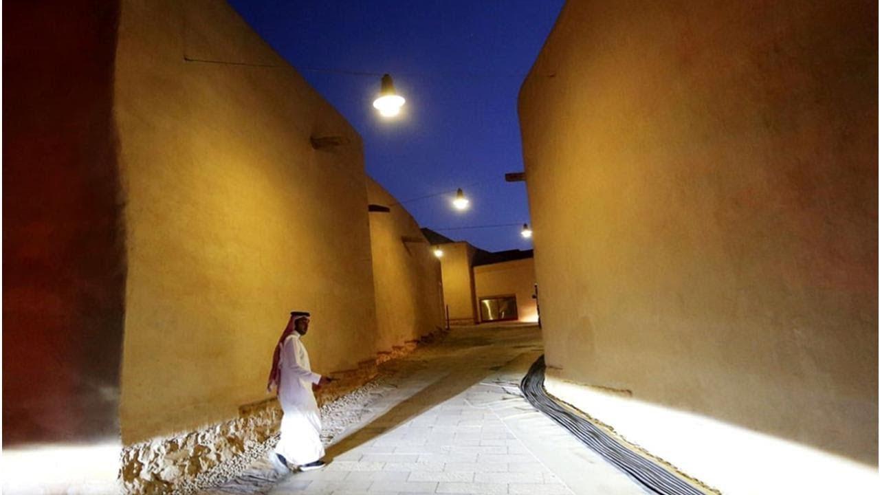 """Demi Betot Devisa, Arab Saudi """"Obral"""" Sejumlah Pembatasan Termasuk Membolehkan Pasangan Belum Menikah di Hotel-hotelnya"""
