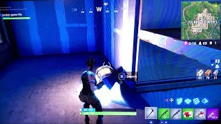New Glowing Chest in Fortnite!?!?! *Not clickbait* I found one
