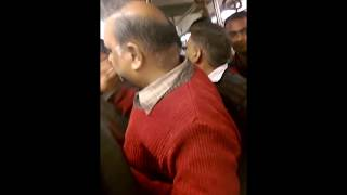 Fight in Delhi Metro (READ DESCRPTION)