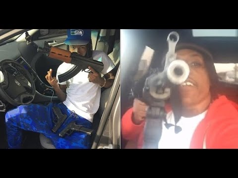 Rico Recklezz Pulls up in Detroit Looking for Snap Dogg. Snap Dogg says He's Scared to Fight.