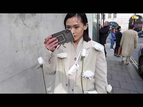 London Fashion Week Autumn/Winter February 2020 - Street Style { AW20}