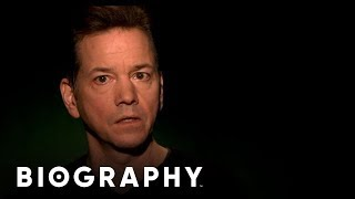 Zapętlaj Celebrity Ghost Stories: Frank Whaley - A Message | Biography | Biography