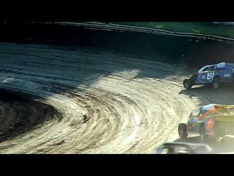 25! Modified heat race win - 7/30/2016 - Eagle Raceway