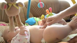 видео Как лечить пупочную грыжу у младенца