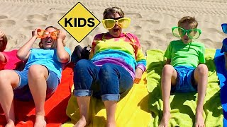 Learn English Words! Rainbow Beach Towels with Sign Post Kids!