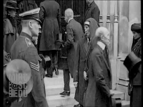 Funérailles de l'Impératrice Eugénie, reportage de 1920 - YouTube