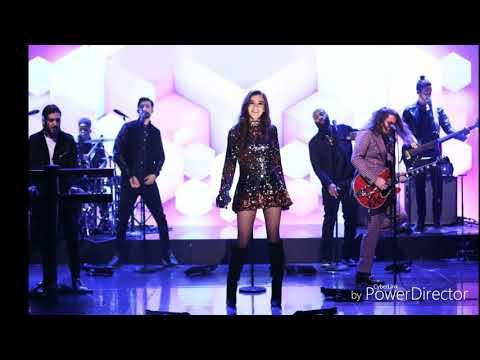 Hailee Steinfeld & Alesso - Let Me Go ft. Watt (Tonight with Jimmy Fallon) Lyric Video