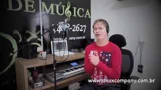 Qual a diferença entre Backing Vocal e Canto Coral?