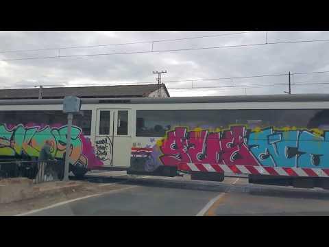 Dos trenes pasan por Calahorra (La Rioja)