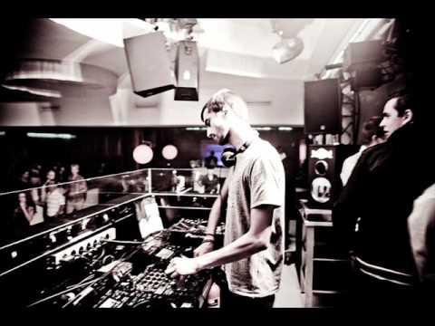 Download Jeremy Olander - Let Me Feel (Isleys) (Original Mix)