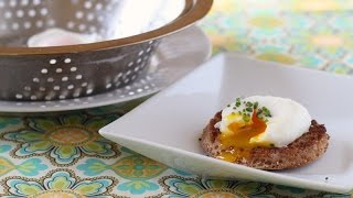 Poached Eggs for a Crowd (strainer method)