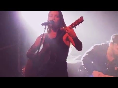 Skylar Grey - Moving Mountains (live In Chicago 2016)