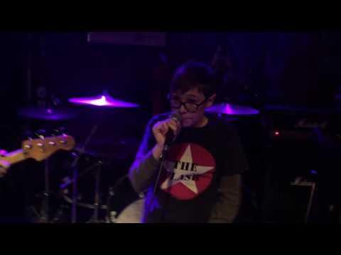 "Jack Cummins sings Rancid ""Ruby Soho"" with Punk Rock Karaoke royalty. #prk #punkrockkaraok"