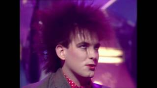 The Cure - The Love Cats (TOTP 1983)
