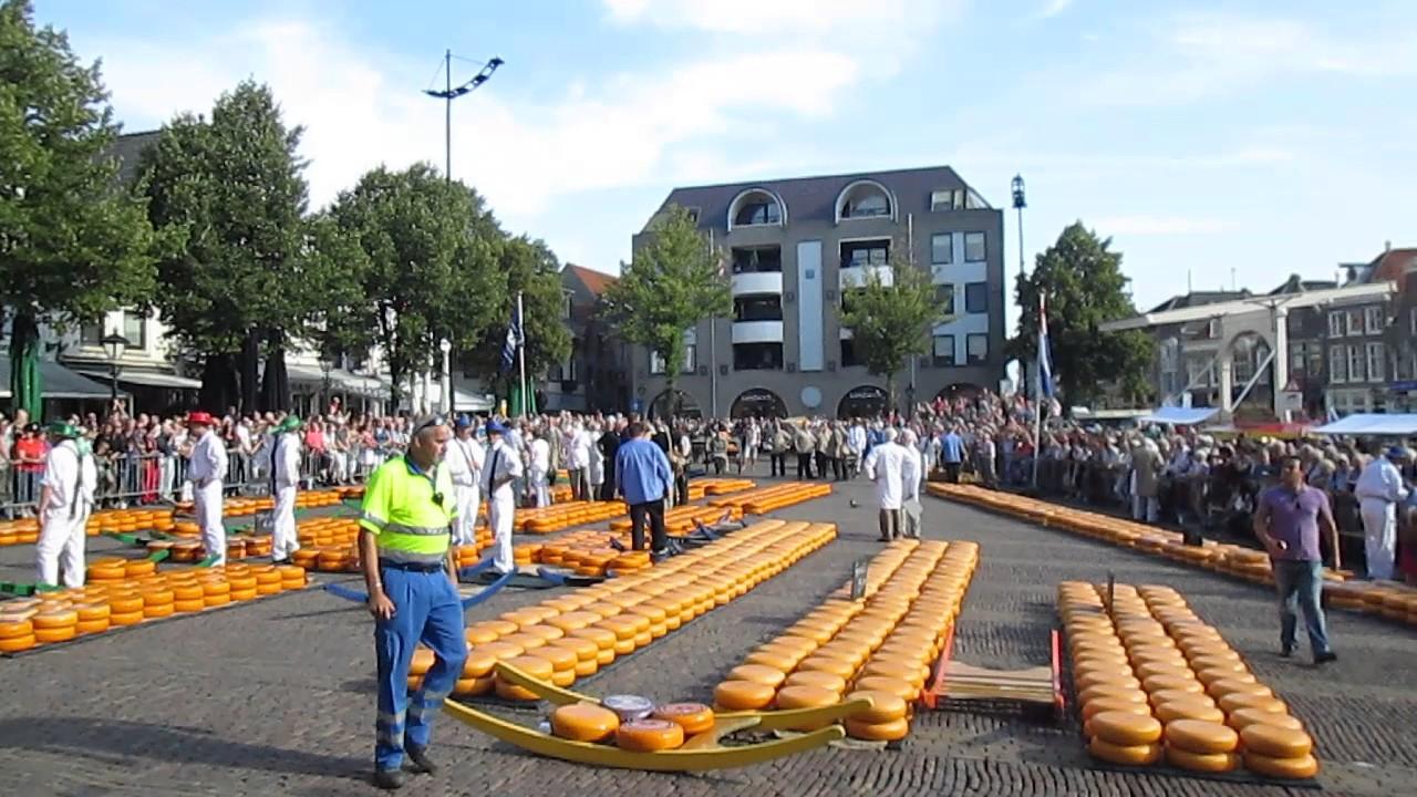 Alkmaar Holanda Mercado De Quesos Youtube