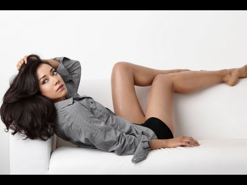 The Late Late   2013.09.19  Aimee Garcia