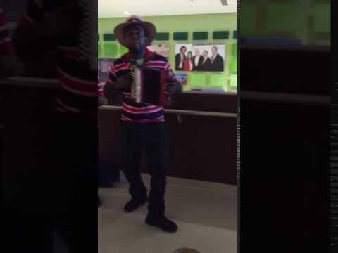 Punta cana airport weeepaAA