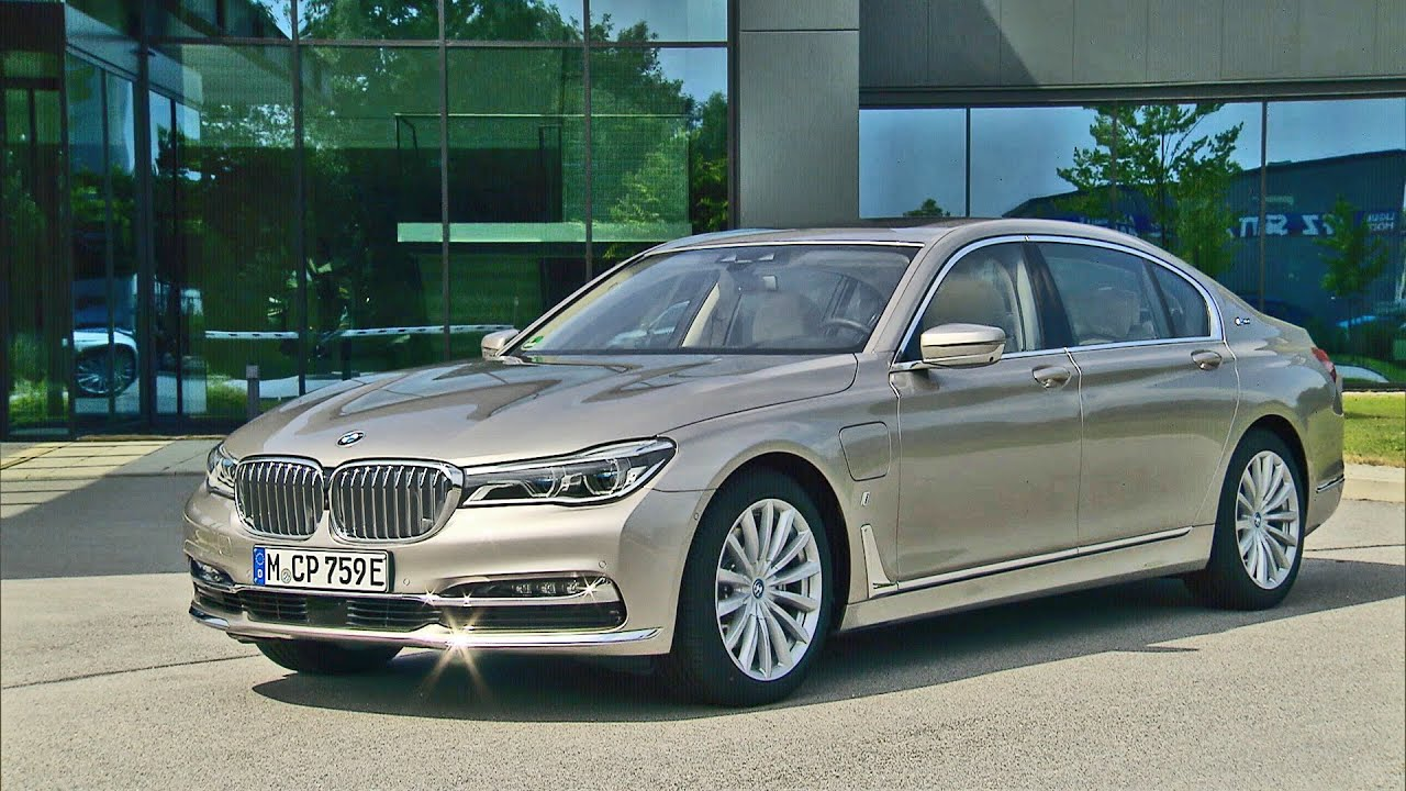 BMW 7 Series IPerformance 2017 740Le XDrive