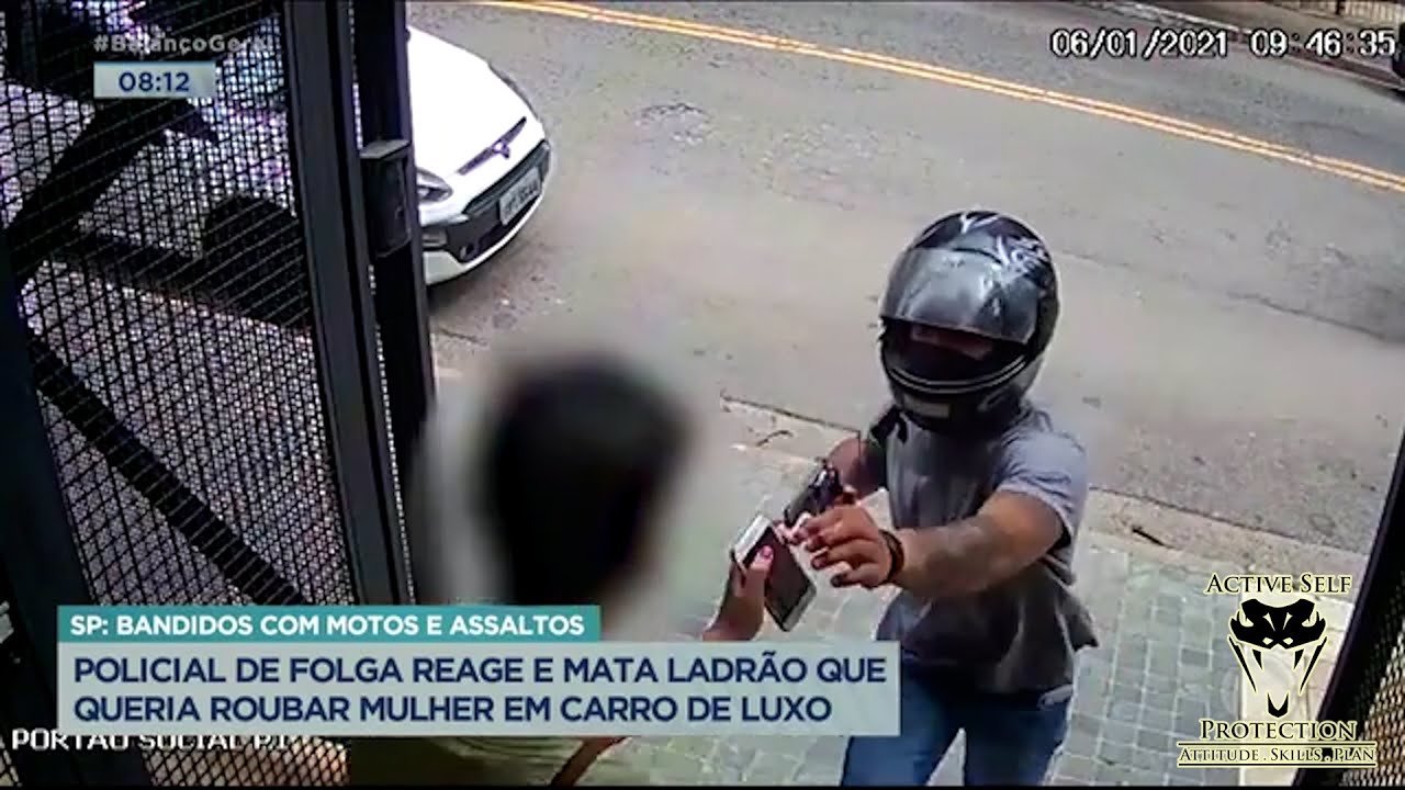 Swarm of Moto Robbers Mess With The Wrong Dude