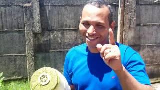 CORTADOR DE GRAMA FEITO COM MOTOR DE LIQUIDIFICADOR (sucata)
