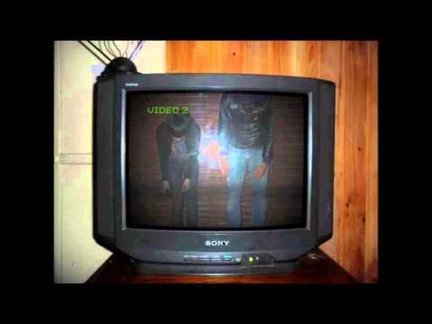 Crystal Castles - Trash Hologram (Alex Zelenka / Invisibles Remix)