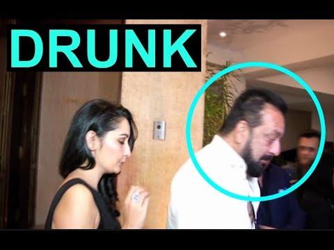 DRUNK Sanjay Dutt With HOT Wife Manyata Dutt At Manish Malhotra Party 2017 thumbnail