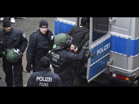 السلطات الألمانية تعلن اعتقال عنصرين من مخابرات الأسد - تفاصيل | سوريا  - 22:53-2019 / 2 / 13