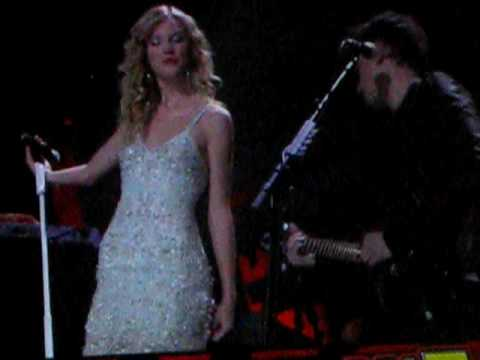 John Mayer&Taylor Swift: Half Of My Heart- MSG December 11, 2009