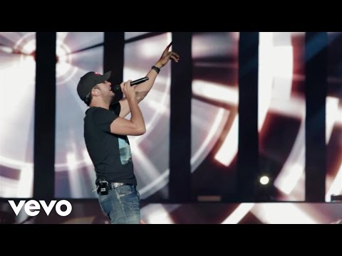 Luke Bryan - Farm Tour 2015 (Vevo Tour Exposed)