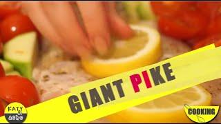 Katy & Acho Cooking - Giant Pike [+ Amazing Trick !]