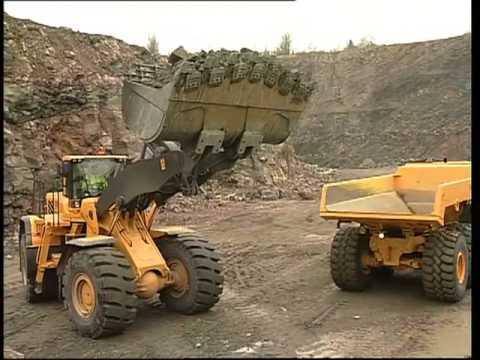 4. Körteknik Volvo hjullastare: Lastning av berg