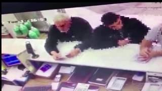 فيديو يوثق احتيال 3 أشخاص على بائع بمحل قطع غيار سيارات وسرقته في تبوك
