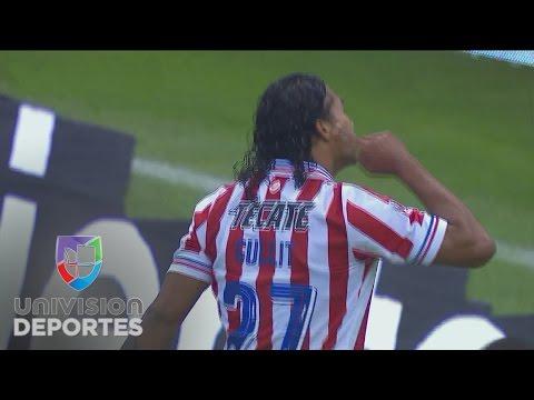 Isaac Brizuela asiste al Gullit para el 3-0 ante Amrica