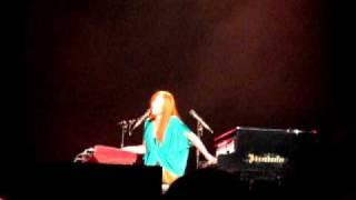 Tori Amos - Dragon (Live in Moscow Crocus City Hall 2010 - 09.03)