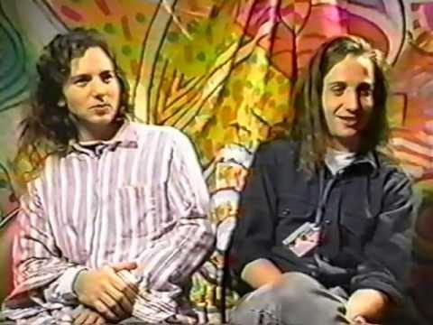 Eddie Vedder and Stone Gossard Interview - 1991