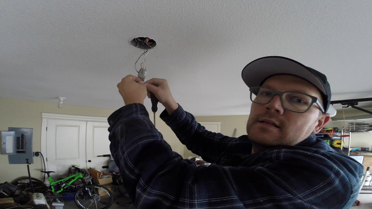 How To Change Light Bulb Sockets To Outlets For Plugin Shop Lights Youtube