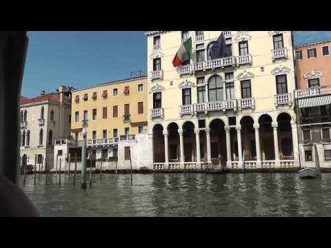 Venedig Bootsfahrt auf dem Canale Grande Markusplatz Rialt