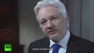 Secret World of US Election: Julian Assange talks to John Pilger (FULL INTERVIEW)(Whistleblower Julian Assange has given one of his most incendiary interviews ever in a John Pilger Special, courtesy of Dartmouth Films, in which he ..., 2016-11-05T08:23:22.000Z)