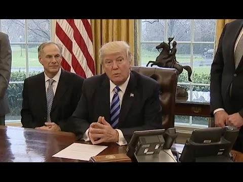 Trump says Charter To Invest $25 billion In U.S., Hire 20,000 workers | 2017 Offic. Video