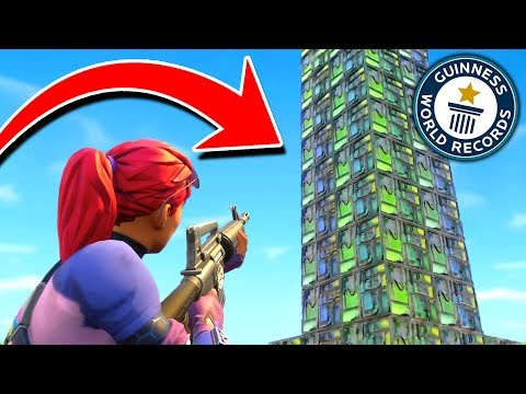 The WORLDS TALLEST Base In Fortnite Battle Royale!