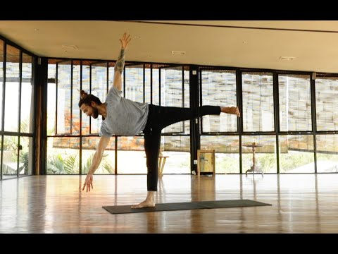 Smooth Flowing Yoga Practice | Yoga with Patrick Beach