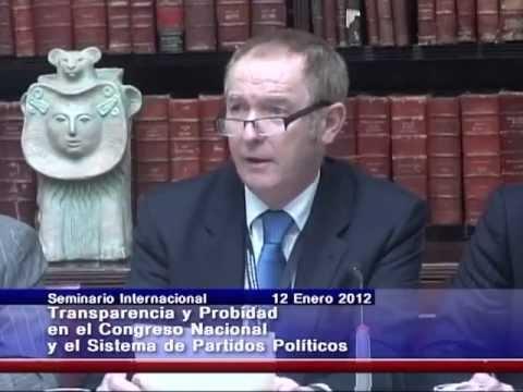 """Kevin Barron: mesa de trabajo no.1 """"Estándares de conducta parlamentaria""""."""