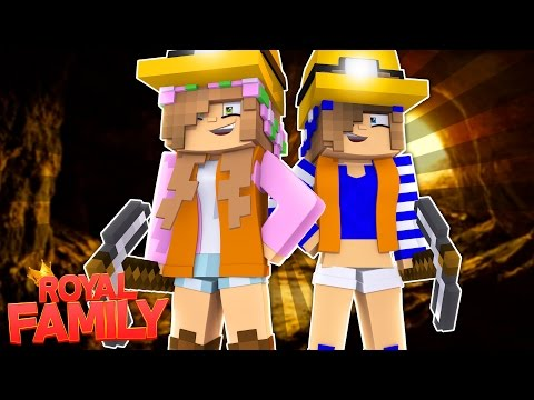 LITTLE KELLY AND CARLY PLAN TO ESCAPE PRISON! Minecraft Royal Family (Custom Roleplay)