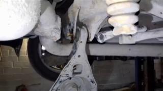 Mazda 6 замена задних сайлентблоков нижний поперечный рычаг. Ремонт автомобиля. Авто - ремонт