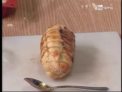 Enrollado de pollo en salsa de romero