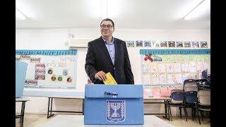 שוקי אוחנה מצביע בבחירות 2018